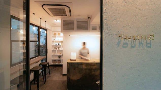Nonostante le severe leggi sulla cannabis, apre a Hong Kong il primo CBD cafè