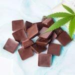 La marijuana aumenta il buon umore con lo stesso meccanismo del cioccolato!